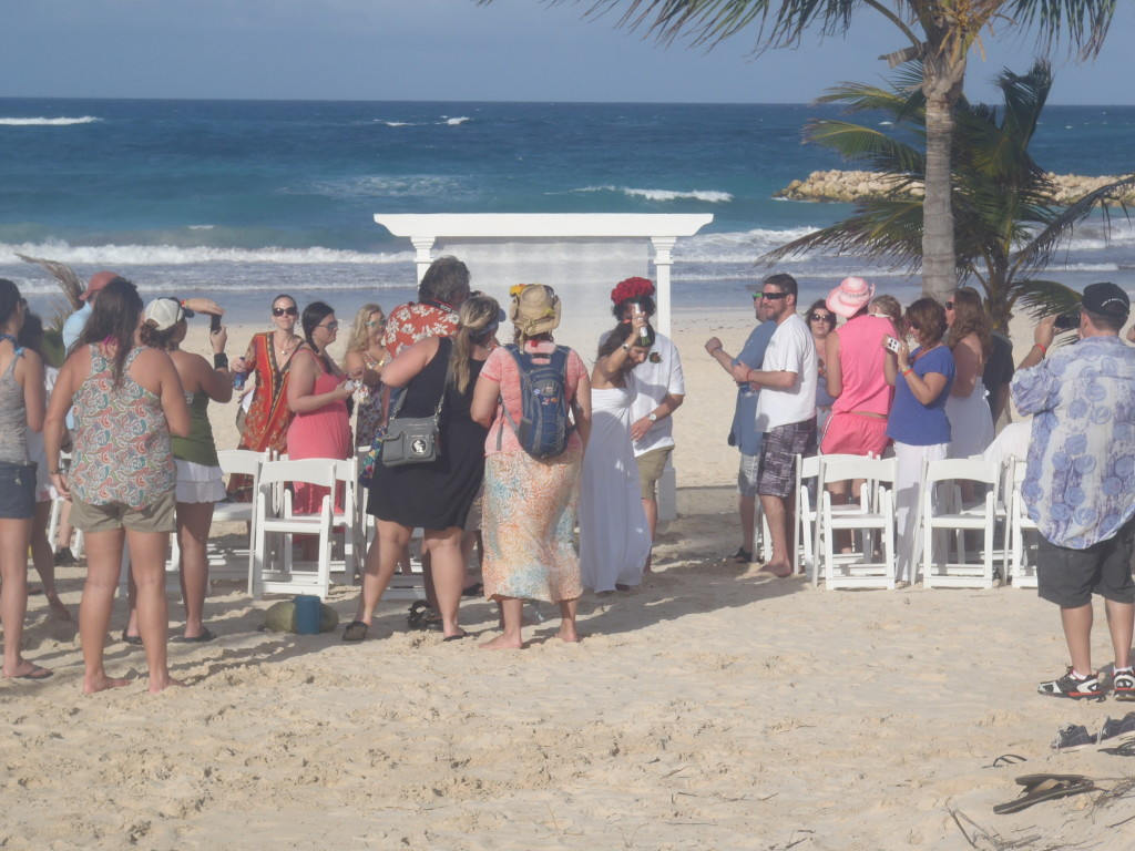 Picture Of A Beach Wedding
