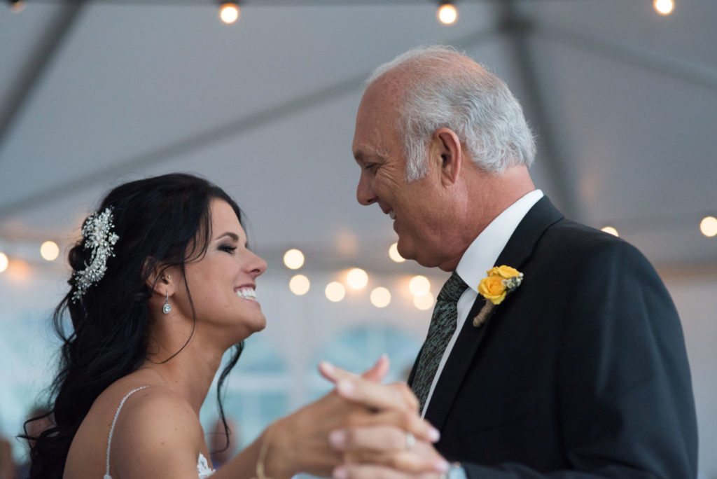 picture of a father/daughter dance at a wedding